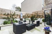 London Home 331, The Ultimate 5 Star Holiday Home in London, England - Studio Villa, Sleeps 7