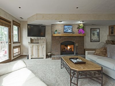 Photo for Lower Deer Valley Town House - 3Bd/3Ba - Slps 10 - Minutes to Deer Valley Skiing