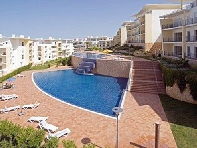 Photo for Apartment in condominium with swimming pool salt water in Albufeira