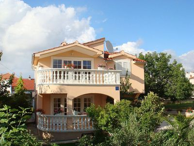 Photo for Apartment in the center of Vodice with Parking, Internet, Washing machine, Air conditioning (122079)