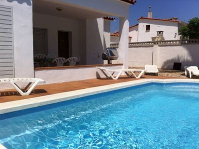 Photo for Storey house with private pool for 6 poeple, L'Escala
