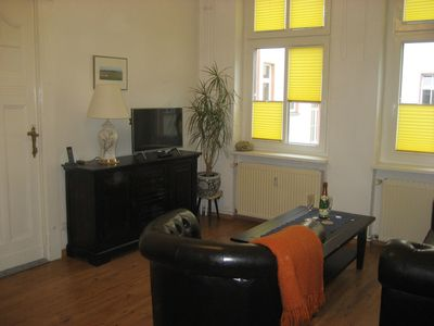 Photo for Cozy 2-room old apartment in Berlin-Johannisthal