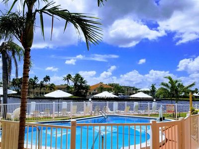 Photo for Aloha7 Gorgeous water view, beach 5 minutes walk - One Bedroom Apartment, Sleeps 3