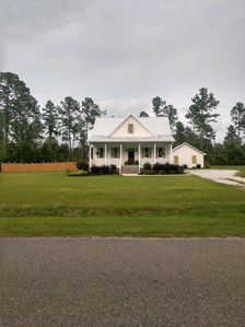 Photo for 3BR Cottage Vacation Rental in Eutawville, South Carolina