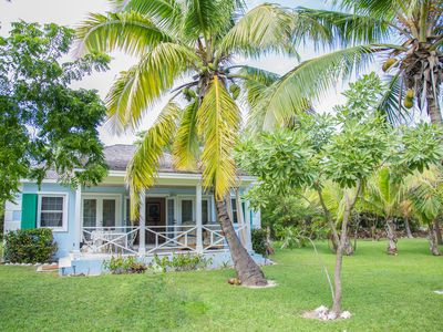 Photo for Touchstone's Cottage on Beachside - Tropical 1 Acre Property