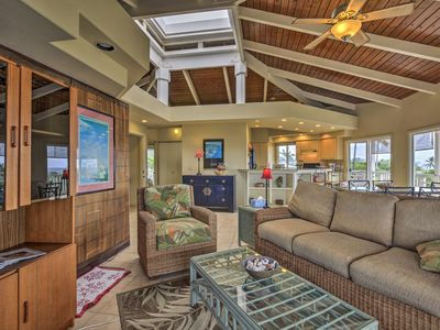 Photo for Kailua-Kona Apartment w/ Pool, Deck & Ocean Views!