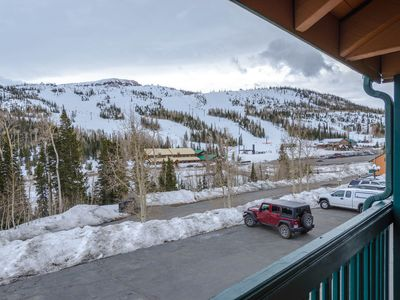 Photo for Chalet Village 18a - Sleep 6 / located across from the Giant Steps Slopes