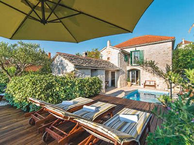 Photo for Traditional Dalmatian villa w/ pool + BBQ house, walking distance to beach + village