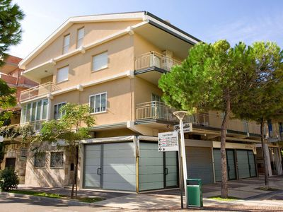 Photo for Apartment Bellavista in Cattolica - 7 persons, 4 bedrooms