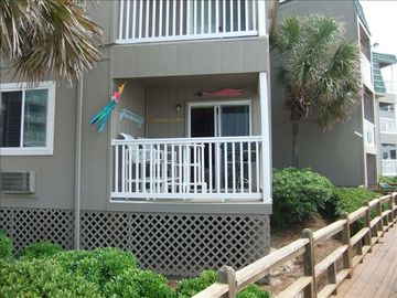 2 BR/2 BA Direct Ocean Front, 1st Floor Unit. Very Nice Rental