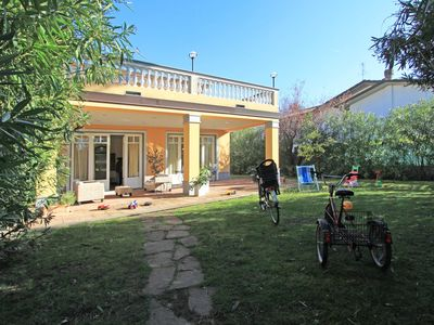 Photo for Stunning  villa for 14 people with hot tub, A/C, WIFI, TV, patio and parking, close to Viareggio