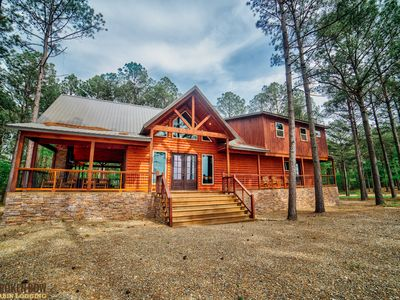 Photo for Lookout Ridge Lodge:  4 BR + Loft Game Room, 4.5 Bath, Sleeps 18