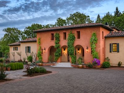 Photo for The Lawndale Villa in Wine Country