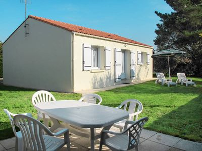 Photo for Vacation home Les Ajoncs  in Bretignolles - Sur - Mer, Vendee - 4 persons, 2 bedrooms