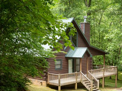 Photo for Charming dog-friendly cabin with private hot tub, outdoor fire pit, and privacy