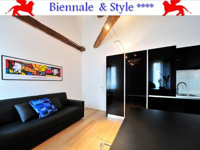 Photo for Biennale & Style, quiet, Wifi, 2 bathrooms, close to Lido, Biennale and S.Marco