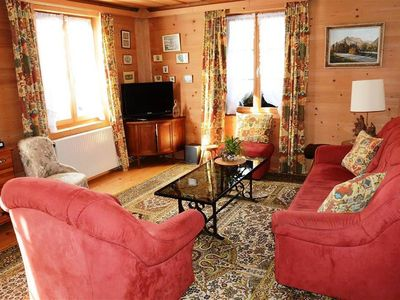 Photo for Lovely apartment for 4 guests with WIFI, TV, pets allowed and parking