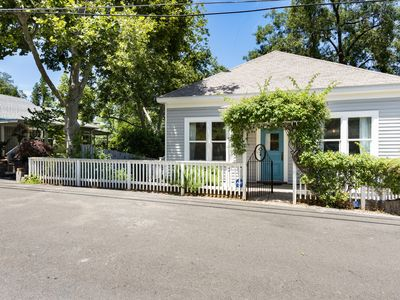 Photo for UPSCALE CHARMING COTTAGE - IT'S A GROOVY PAD -  1 BLOCK TO DWNTWN  PLACERVILLE