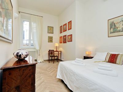 Photo for Apartment for 4 people near stylishly furnished Spanish Steps, smartphone