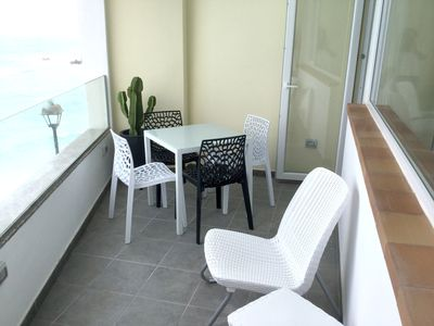 Photo for Nice apt with sea view and terrace