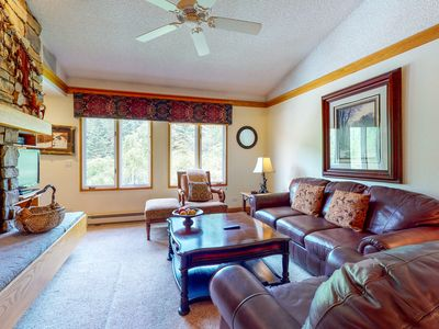 Photo for 4th floor cozy condo w/ shared pool, golf nearby, wood-burning fireplace