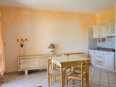 Photo for Apartment 1 km from the center of Cannigione with Parking, Internet, Balcony, Garden (127997)