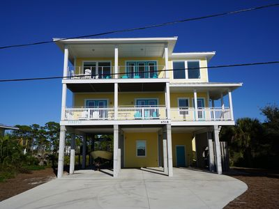Photo for New construction with panoramic gulf and bay views, community pool!
