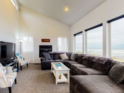 Photo for Oceanfront home w/ hot tub, ocean views & private beach access - dogs OK -2 max