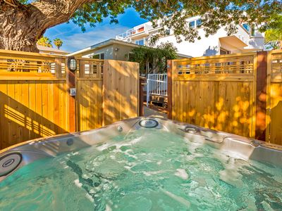 Photo for 25% OFF AUG/20% OFF Beach Cottage, steps to Ocean with Deck + Shared Hot Tub!