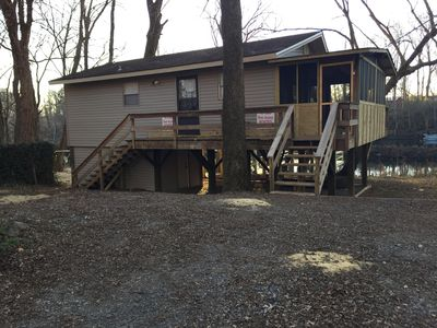 Front of Cabin-New screened in Porch!