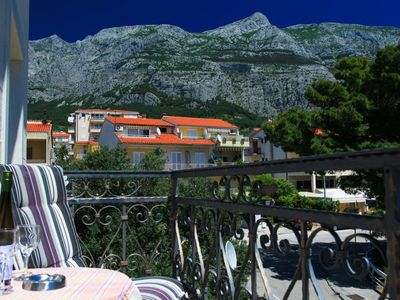 Photo for Two bedroom apartment with balcony and sea view Makarska (A-15200-b)