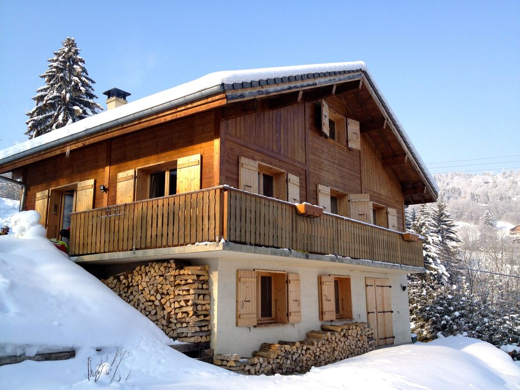 Modern chalet for 14 pax with great views o vrbo - Chalet moderne ...