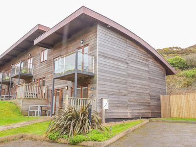 Photo for SEA BREEZE 17 GANNEL, pet friendly in Porthtowan, Ref 1006773