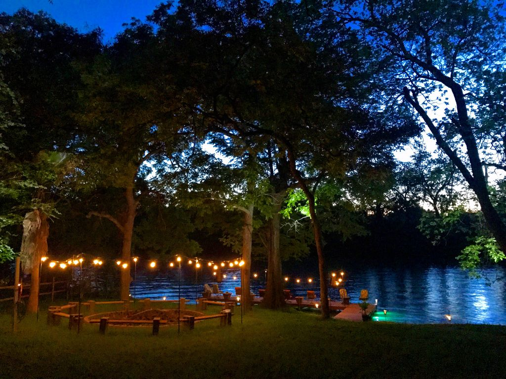 Huge Family Lake House Fire Pit Large Yard 70 39 Pier