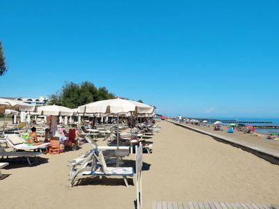 Photo for Apartment Villaggio A Mare (CAO647) in Caorle - 6 persons, 2 bedrooms