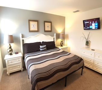 Photo for ♥Charming☆☆☆☆☆ w/Private Pool Home °o° Disney Area