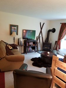 Photo for Cozy 2 bedroom close to all north country amenities.