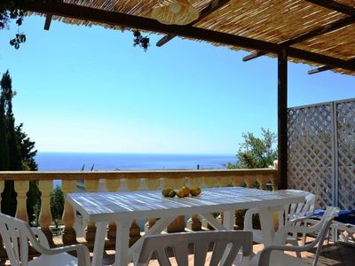 Photo for Cosy holiday apartment with sea view - Appartamento Il Limone