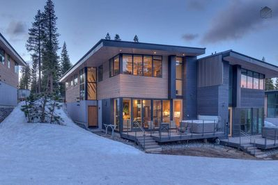 Both sleek and modern, this ski-in ski-out home will spark your imagination.