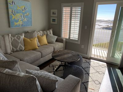 Photo for Family friendly 3/2 with direct ocean views. Updated throughout. Parking for 2