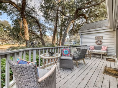 Photo for Town home w/ expansive deck, plentiful natural light & shared tennis courts!