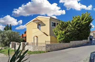 Photo for Holiday house Premantura for 8 - 12 persons with 4 bedrooms - Detached holiday house