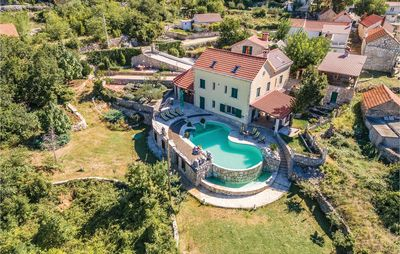 Photo for 7 bedroom accommodation in Grabovac
