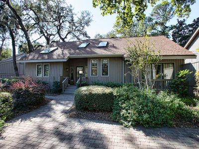 Photo for In the CENTER of Sea Pines-Perfect for BEACH, GOLF, TENNIS and HARBOUR TOWN!
