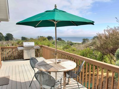 Photo for Honeymoon Cottage with Sweeping Ocean Views