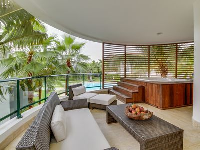 Photo for Stunning resort getaway with shared pool, tennis courts, and more