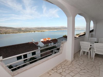 Photo for Two bedroom apartment with balcony and sea view Mastrinka, ÄŒiovo (A-4648-d)