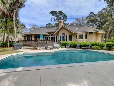 Beach Home New Kitchen 2 Minutes to the Beach! Updated Beautiful home Private Pool