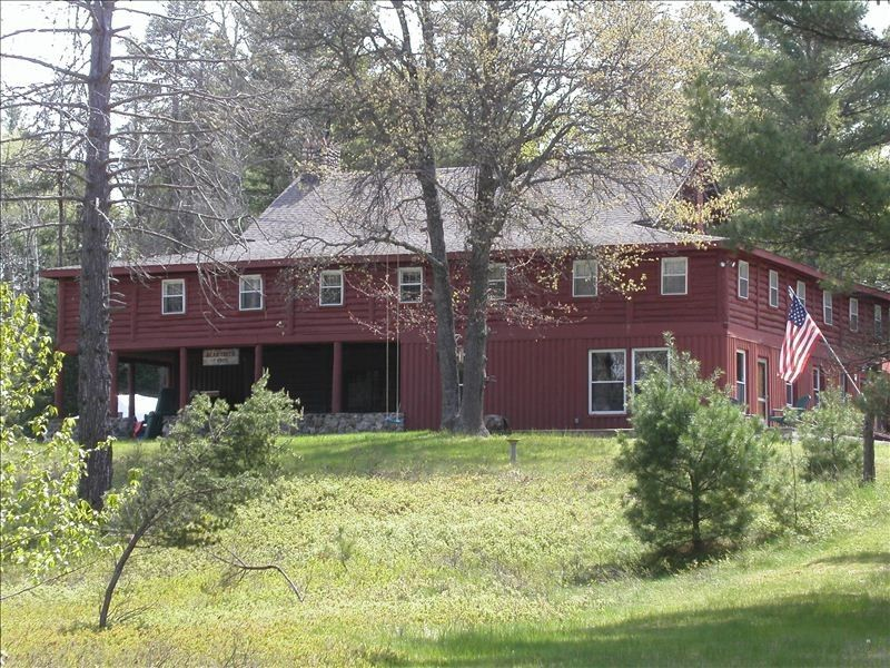 Bear Creek Lodge - Historic Riverfront Lodge on 120 Wooded Acres! - Grayling