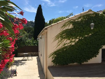 Photo for Adorable 2-room maisonette with peaceful garden near beaches.